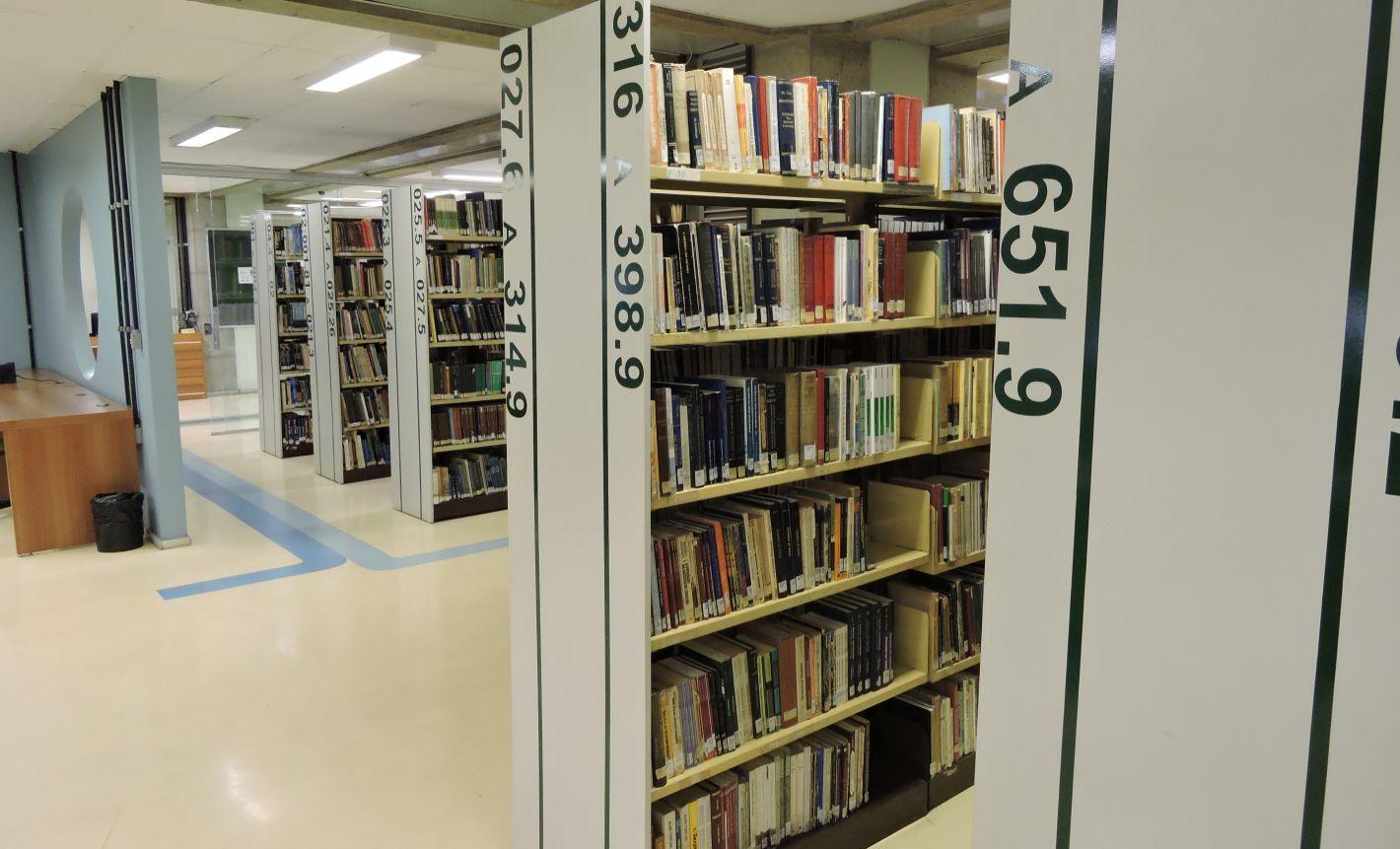 12 de Março, dia do Bibliotecário!
